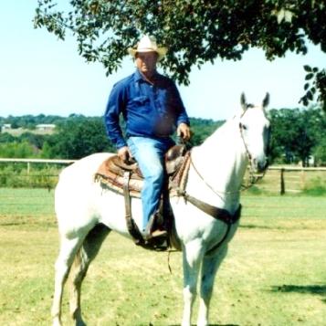 Coy on horse_TU